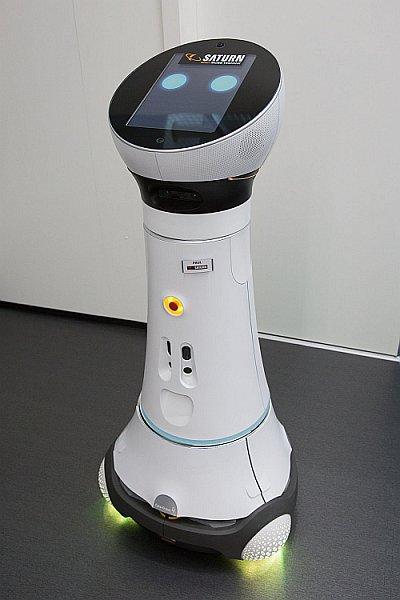 Verkaufsroboter Paul bei Mediamarkt-Saturn