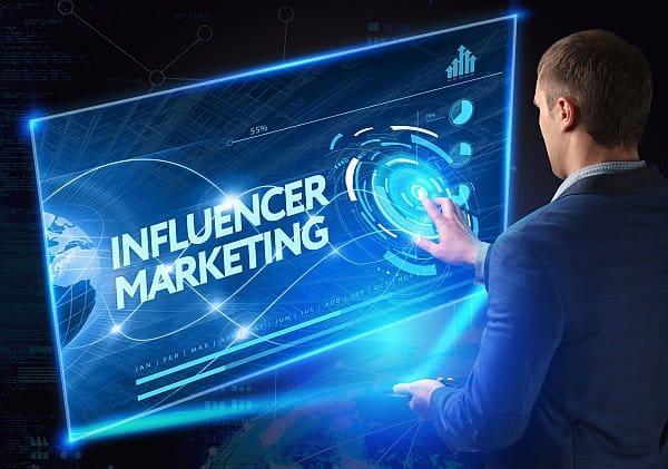 Influencer Marketing: Agentur oder Plattform?
