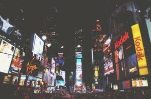 Online-Werbung erstmals erfolgreicher als TV-Werbung