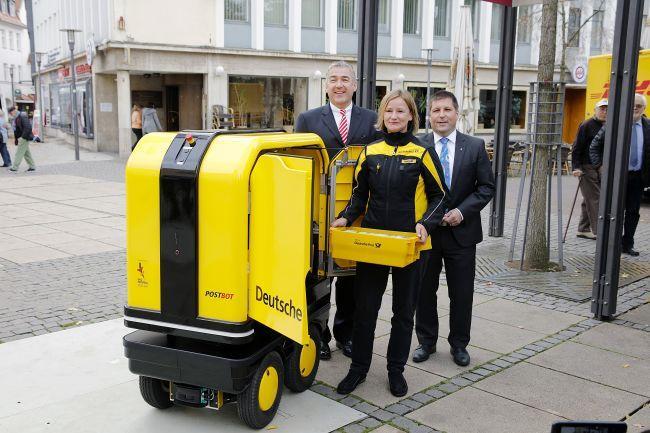Zustell-Roboter / PostBOT