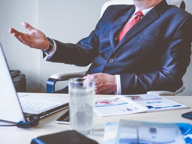 Mit englissch-Sprachkenntnissen Karriere in großen Unternehmen