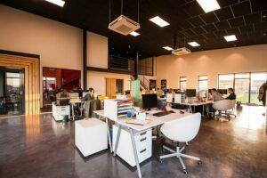 Bürolandschaften und Arbeitsplätze in der Digitalisierung