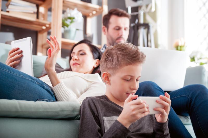 Modern family – der Einfluss der Digitalisierung auf das Familienleben